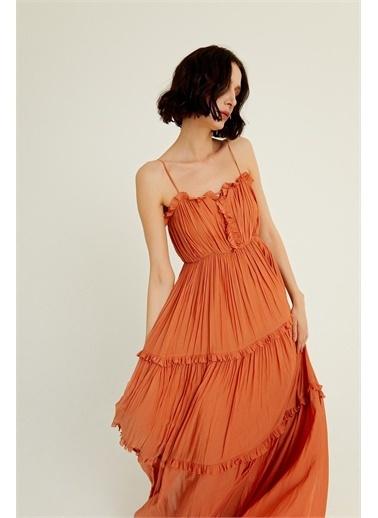 Rue Tarçın Askılı Dökümlü Volanlı Elbise Kahve